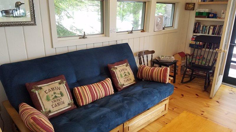 Cabine # 2 Woonkamer met futon