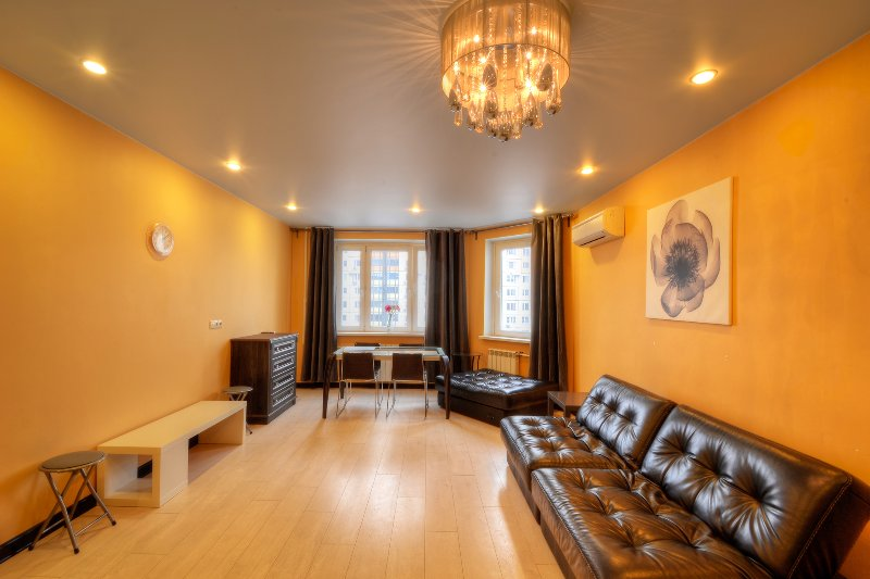 Design Apartments near Crocus Expo with separate bedroom, holiday rental in Dmitrovskoye