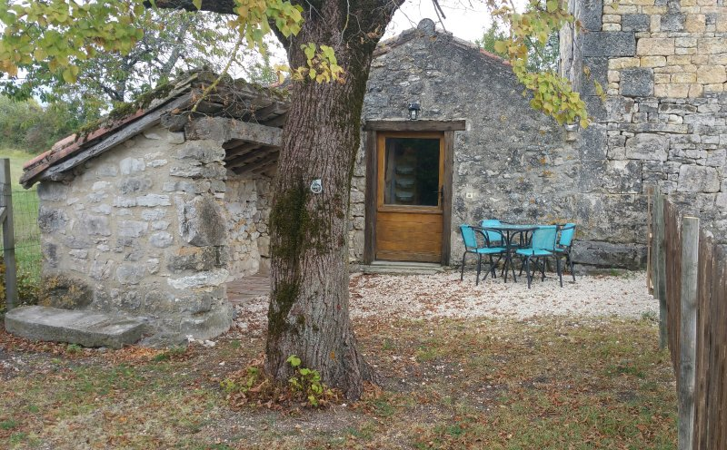 Gite à la ferme, holiday rental in Puylaroque
