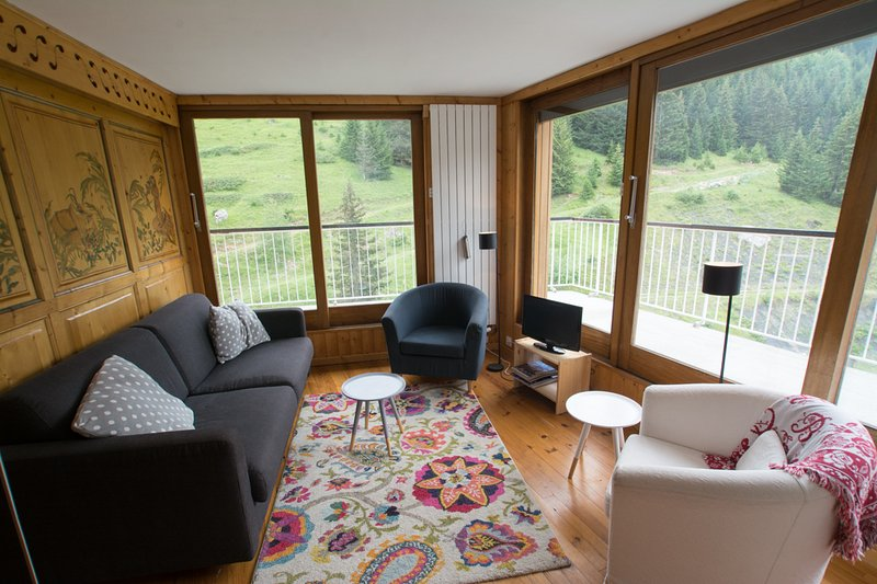 Ski in and out at Courchevel 1650, Ferienwohnung in Courchevel