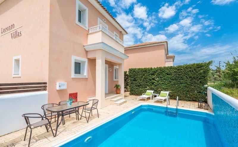 Lorenzo Villas-  Amaryllis 2 Bedroom Villa with Private Pool, location de vacances à Porto Koukla