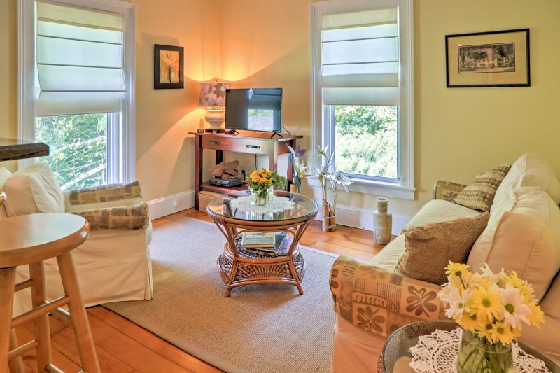 Escape to Newtown at this completely renovated, 1890s vacation rental apartment.