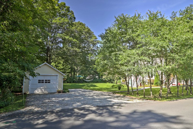 This home places you minutes from scenic byways, skiing, hiking, and more!