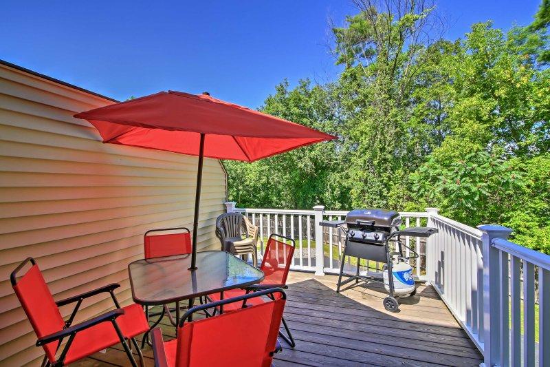Sirotez votre cocktail préféré et détendez-vous sur votre terrasse privée.
