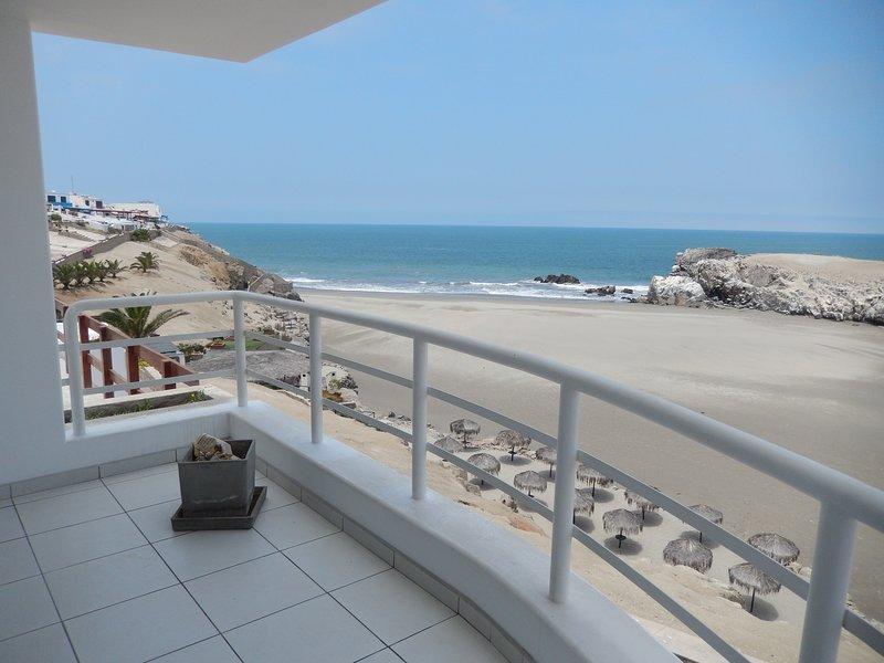 Beach House Puerto Fiel - Lima, vacation rental in Cerro Azul