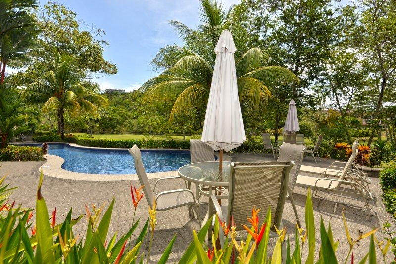 Chair,Furniture,Hotel,Resort,Bench