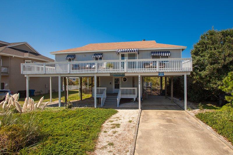 Deck,Porch,Building,Cottage,Office Building