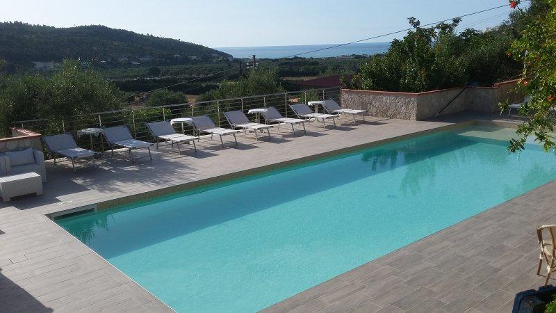 Liberato villino trilocale con clima e piscina – semesterbostad i Peschici