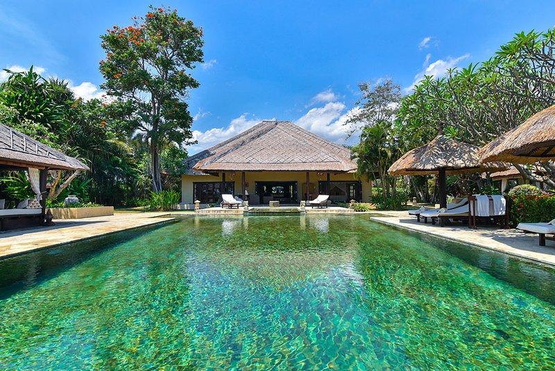 Villa Lotus, alquiler vacacional en Dencarik