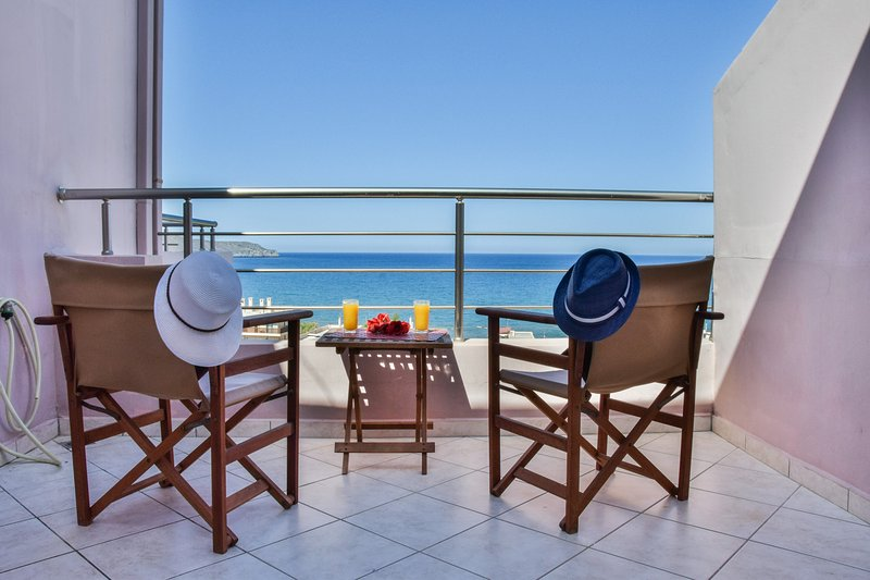 Roumpini Home II, location de vacances à Agia Marina