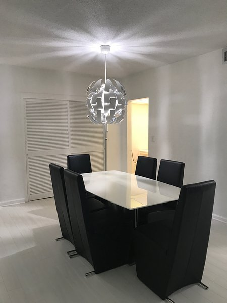 Miami, Hollywood Luxury Apartment UPDATED 2019