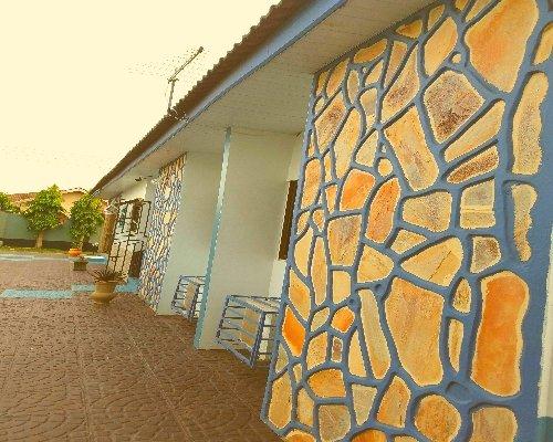 Classy 3 Bedroom Villa With Pool in Accra, Ghana, holiday rental in Sakumona