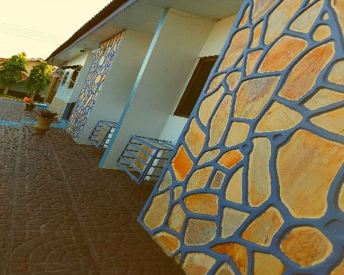 Classy 4 bedroom Villa With Pool In Accra, Ghana, vacation rental in Achimota