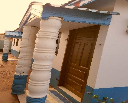 Classy 1 Bedroom Villa with Pool In Accra Ghana, vacation rental in Achimota