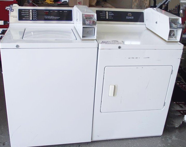 Coin washer and dryer on premises. Clothesline also available. 1.25 wash  1.00 dry