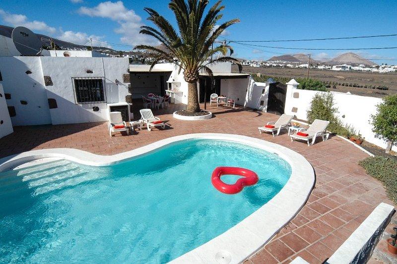 Finca Ensuenos - Macher, Very private, Private Heated Pool, Wifi - Ref LVC197473, alquiler de vacaciones en Mácher
