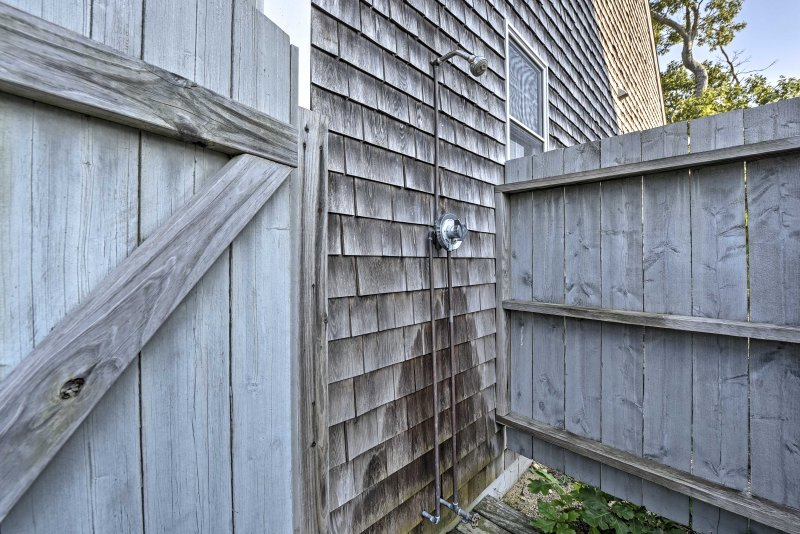 Enjoy the convenience of this outdoor shower to rinse the sand off after a busy day at the beach.