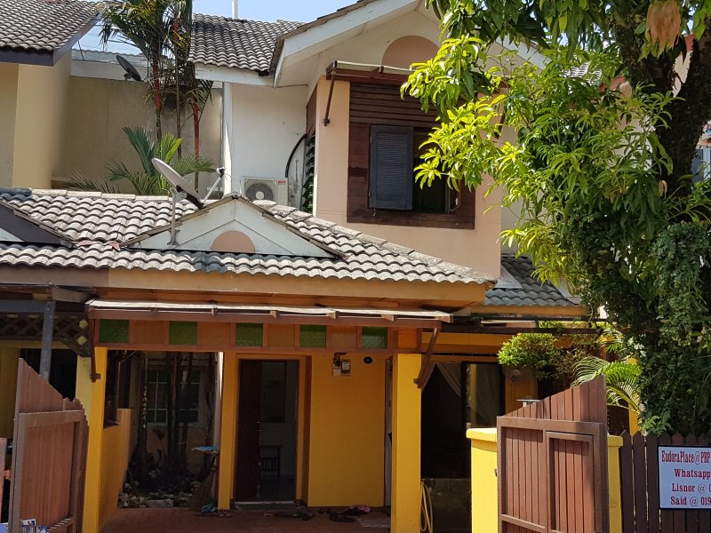 EudoraPlace @ Puchong Homestay, vacation rental in Puchong