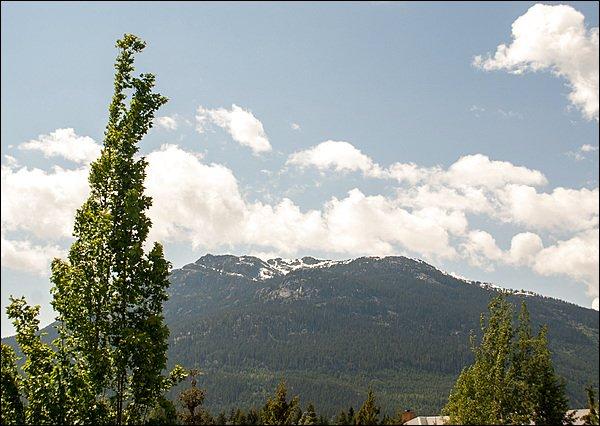 Impresionantes vistas hacia la montaña Sproat