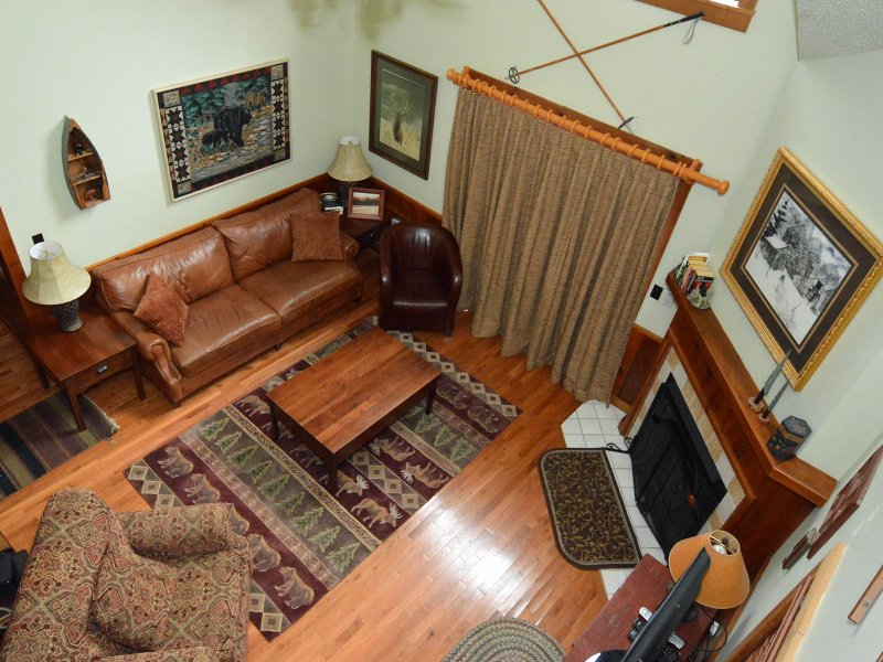Whistlepunk 32 - 4 Bedrooms PLUS Sleeping Loft. 3 Full Baths