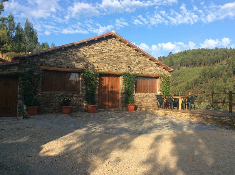 The Quinta Castanha Baralha Dreia Arganil, aluguéis de temporada em Arganil