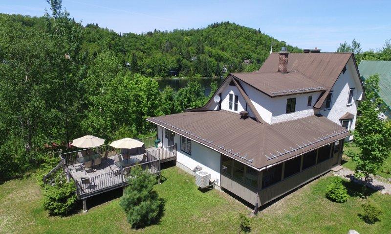 Lake St-Francois-Xavier's Villas - Villa # 3, up to 20 people, vacation rental in Wentworth Nord