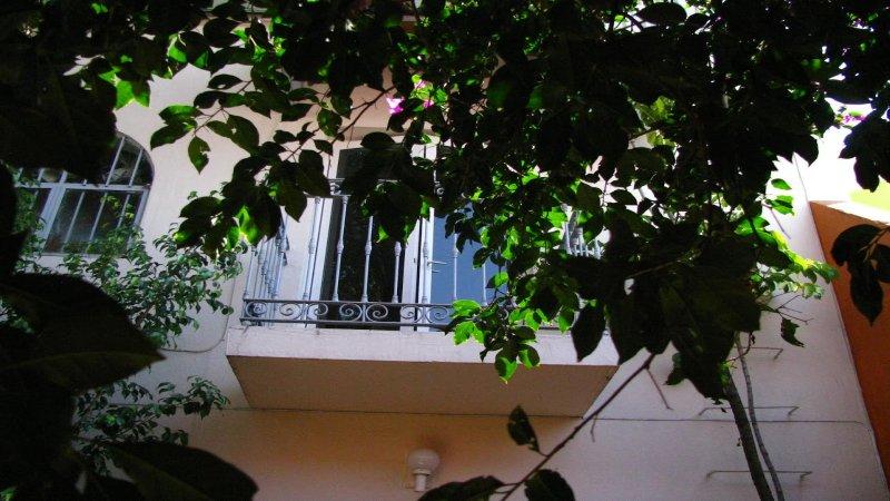 Americana, 2 .Chapultepec GDL. Location, location, location, vacation rental in Guadalajara