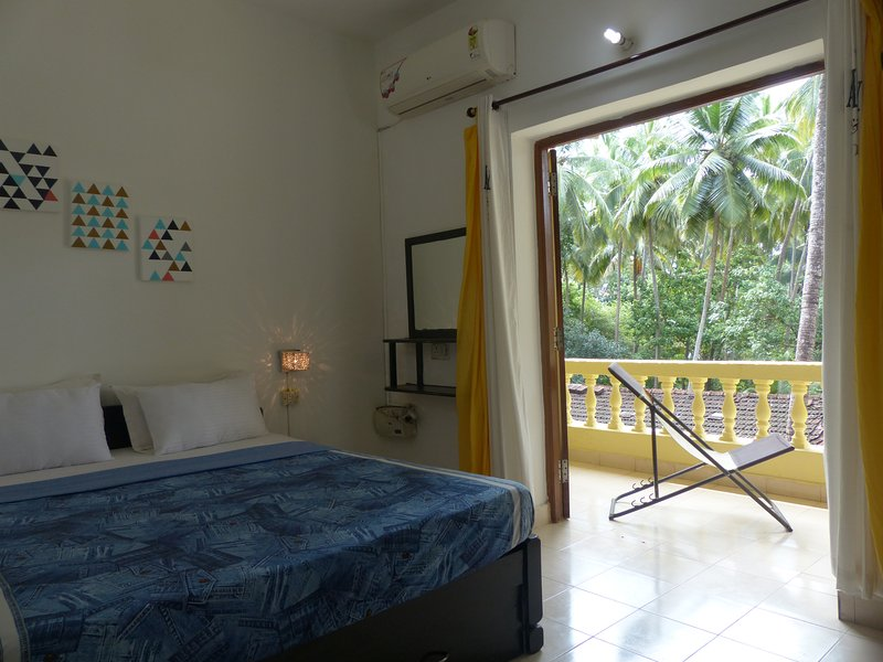 Laze, at our Resort Home near Calangute Beach - Fun Holidays Goa, holiday rental in Parra