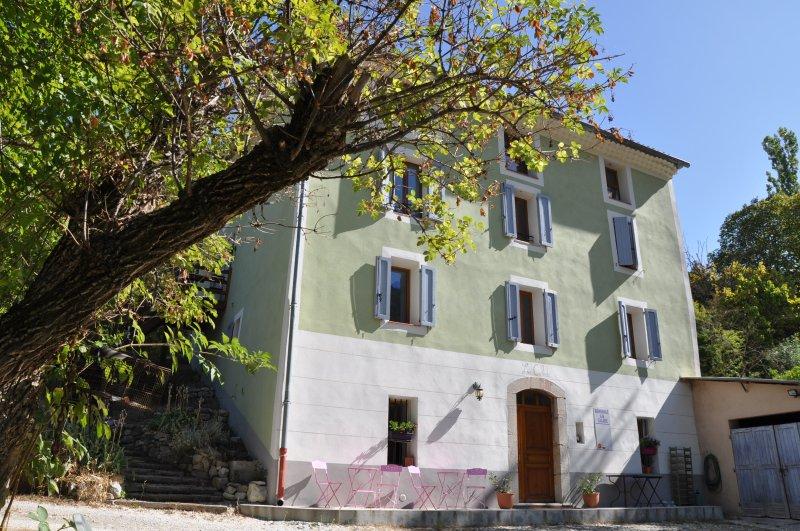 "Group accommodation ""La Calade"""
