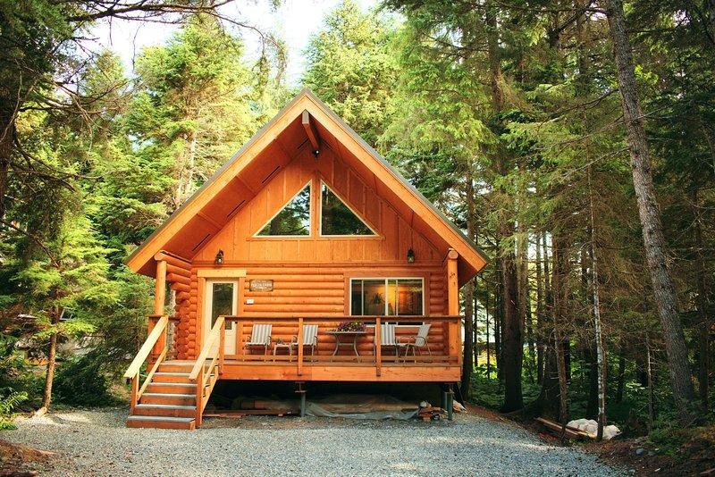 Alyeska Hideaway Vacation Rentals- Placer Cabin