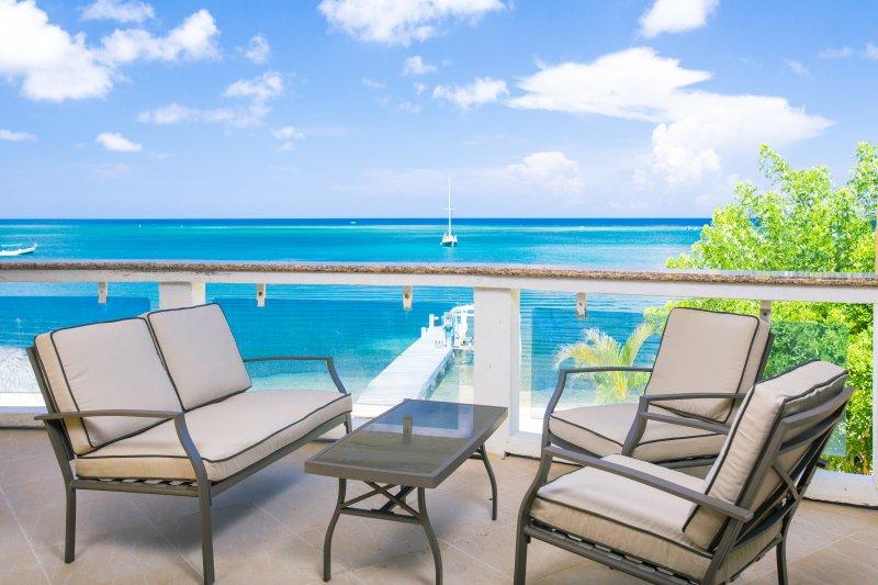 patio overlooking beach and ocean