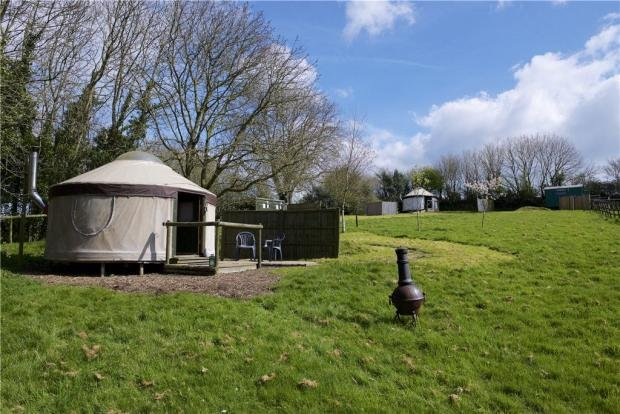 Linnet yurt, near River Cottage, Lyme Regis,, vacation rental in Axminster