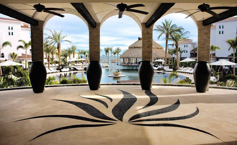 Cabo Azul Resort Exterior
