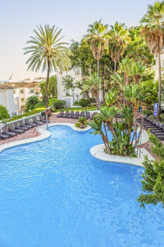 Royal Oasis Club at Pueblo Quinta Pool
