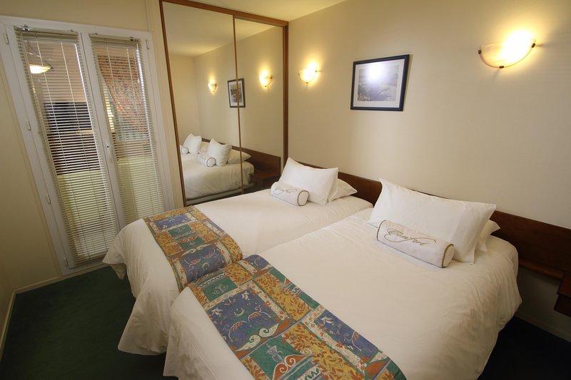 Le Manoir des Deux Amants Double Bedroom