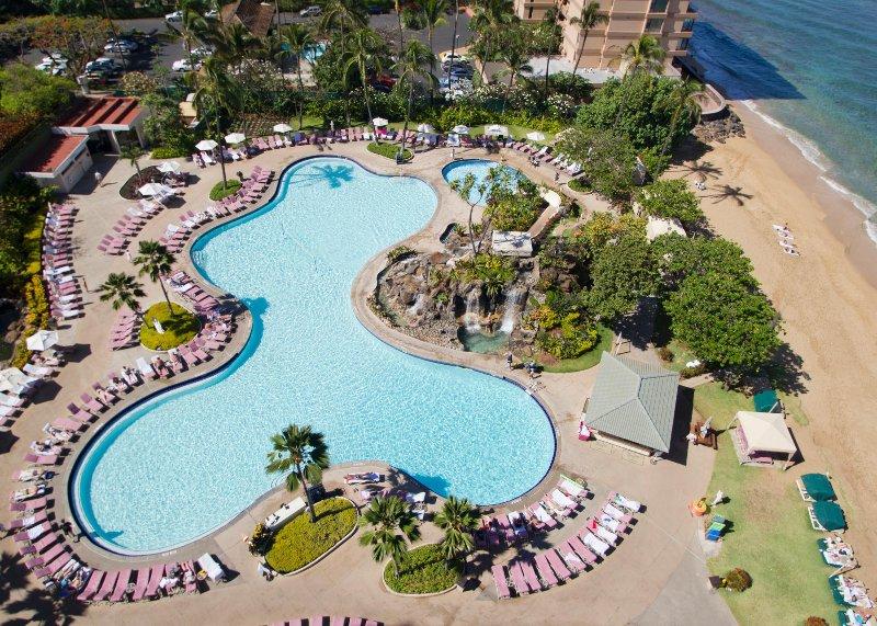 Ocean View Deluxe Condo Minutes from Lahaina w/ Beach Access & Resort Pool, alquiler vacacional en Honokowai