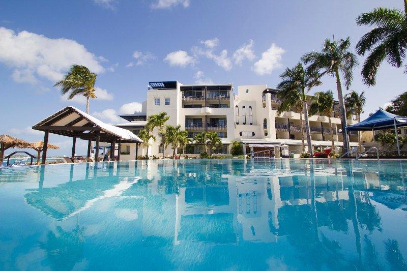 Flamingo Beach Resort Beach Exterior