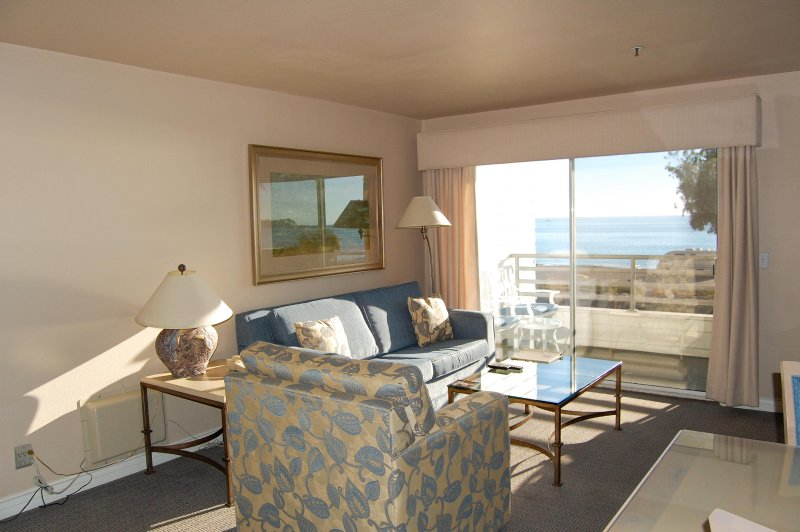 Riviera Beach & Shores Resorts Living Room