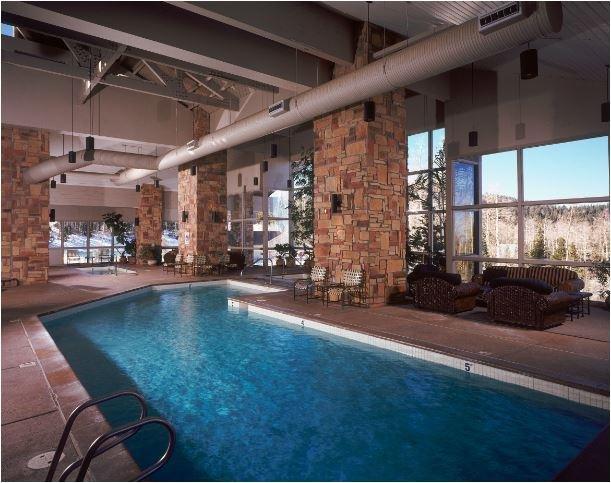 Cedar Breaks Lodge & Spa Indoor Pool