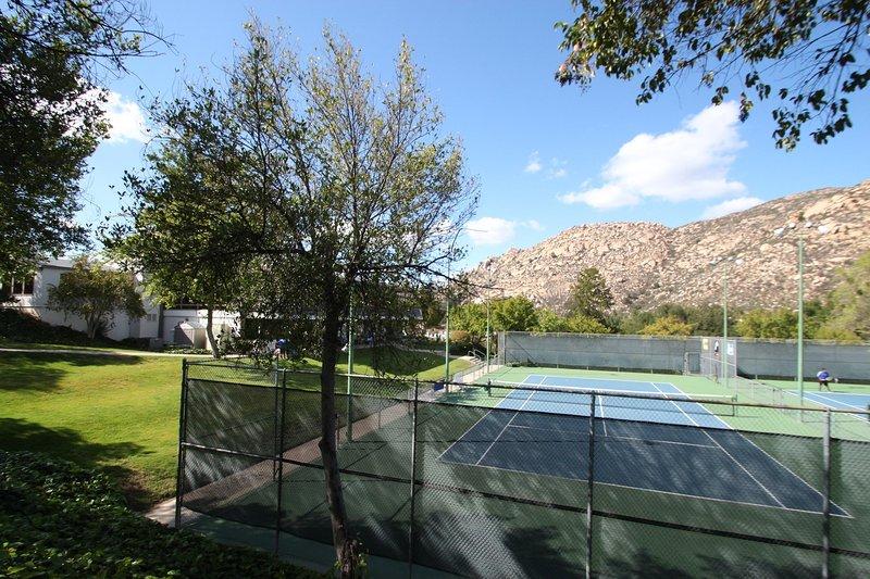 Riviera Oaks Resort Tennis