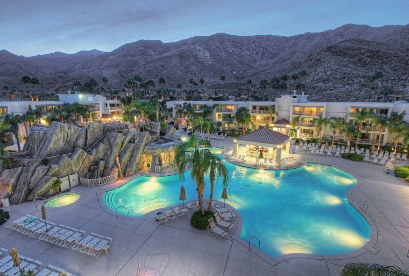 Palm Canyon Resort Twilight