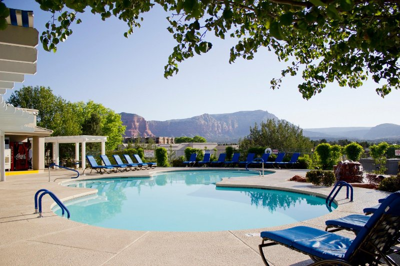 FLASH SALE! Cozy Studio w/ Sandstone Scenery, Resort Pool & WiFi, vacation rental in Rimrock