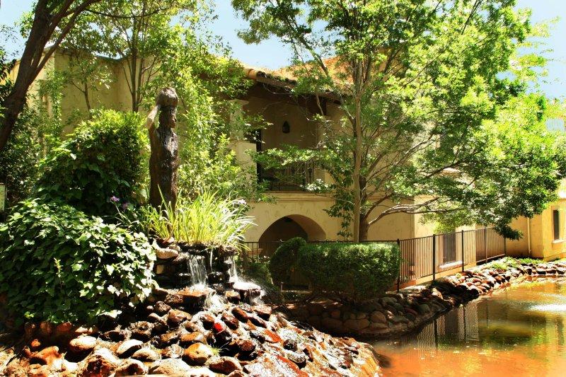Los Abrigados Resort & Spa Exterior Pond