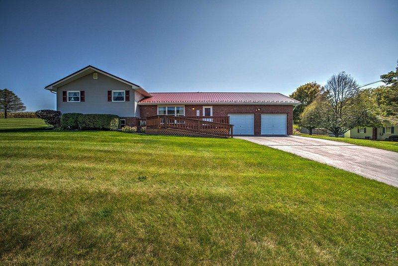 Questa casa di 1.500 metri quadrati è perfetta per le famiglie che visitano la Penn State.