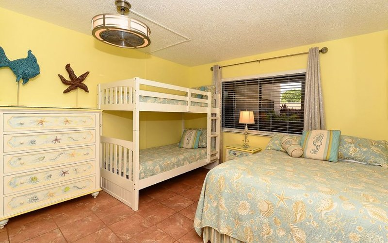 Bunk Beds and a Full in Guest Bedroom
