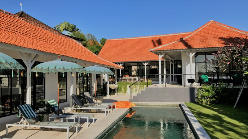 The total land space of 850 sqm gives this Villa a great spacious feeling