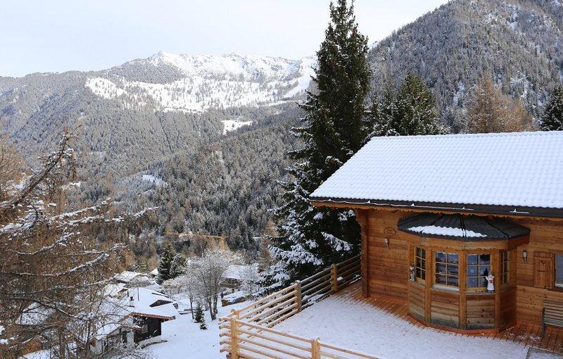 Lusso, Per le famiglie Chalet a Alpi svizzere