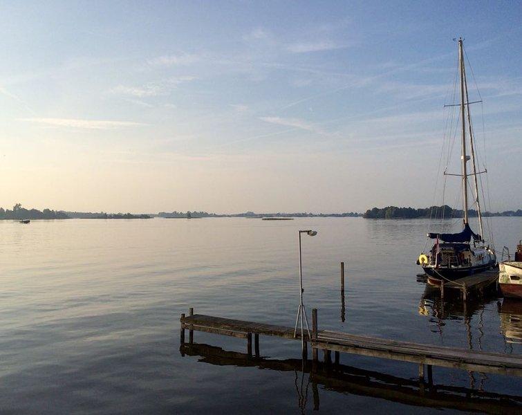 Camper boat, holiday rental in Baambrugge