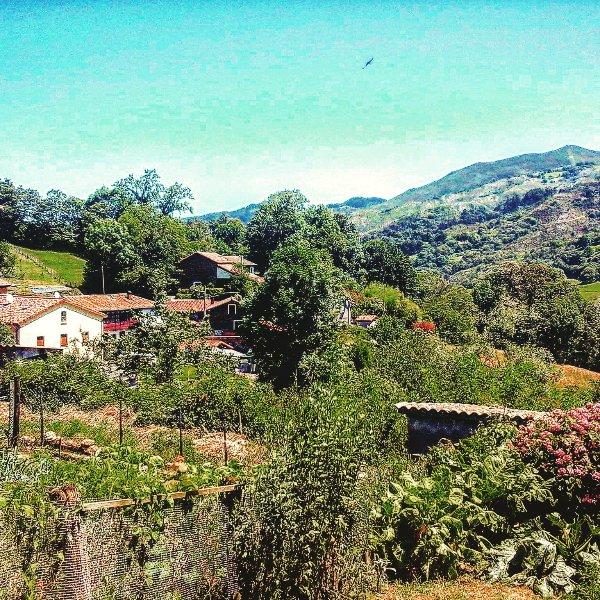 Vistas de la aldea Piloñeta.