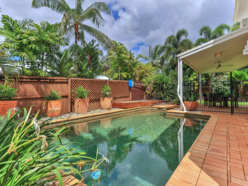 VILLA TOJACA* PALM COVE, vacation rental in Palm Cove
